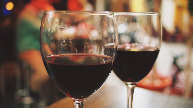 Taninos dos vinhos podem proteger contra doenças cardíacas e câncer