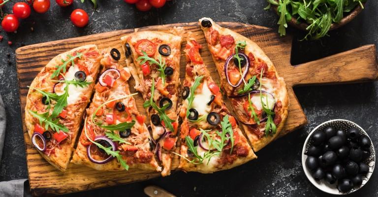 Qual vinho devo beber para harmonizar com pizza de atum?