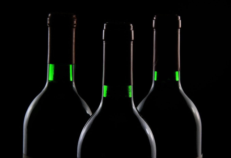 Por que a garrafa de vinho tem 750 ml?
