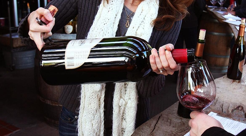 Garrafas maiores preservam melhor o vinho depois de aberto